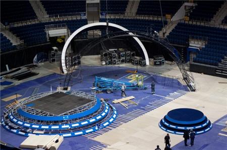 konstruojama-vaiku-eurovizijos-scena
