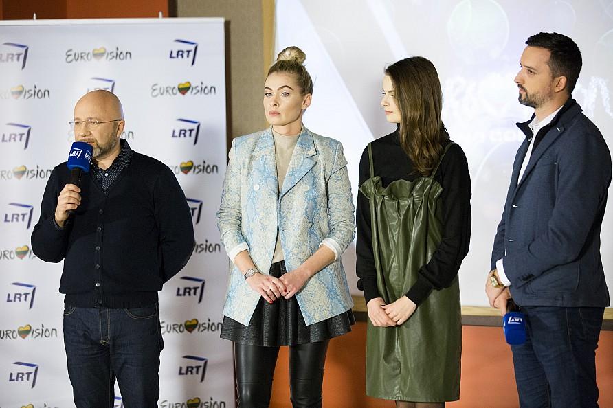 Iš kairės: Audrius Giržadas, Ieva Stasiulevičiūtė, Gabrielė Martirosianaitė ir Lauras Lučiūnas. A. Radžiūno (LRT) nuotr.
